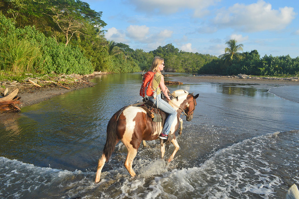 Couples and families with kids can either enjoy horseback riding sunset tours or more extended day guided tours through the back roads and mountainside of Manzanillo, with amazing 360 ocean views.