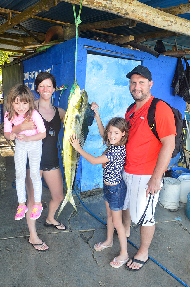 family-fishing-tours-malpais-costarica-.jpg