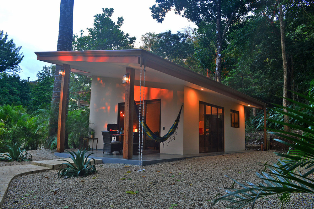 mal-pais-stylish-vacation-rental-bungalow.jpg