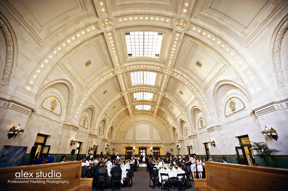 Barrel-vaulted ceilings create an ethereal ambiance at the Great Hall at Union Station