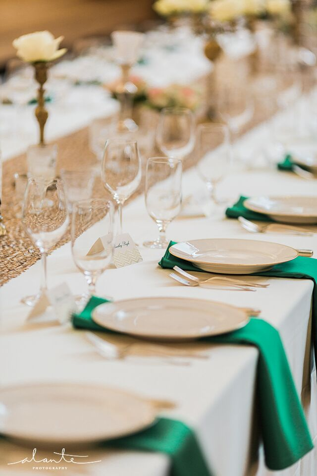 Emerald, gold and champange tables