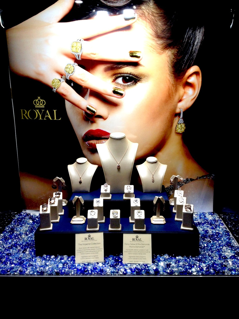 Elegant in its craft, Royal Jewelry's salon shines bright with their one-of-a-kind diamond pieces!