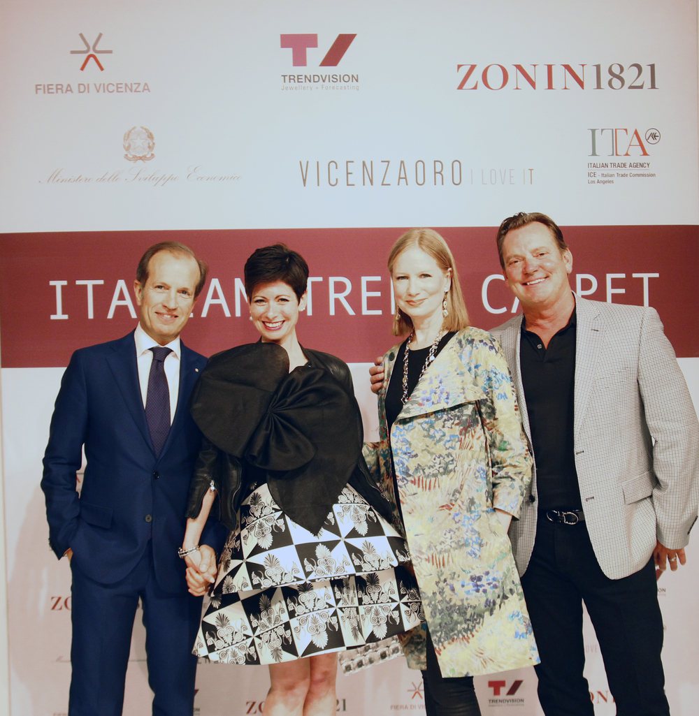 And now for yet anotherphoto opwith VICENZAORO's very own Managing Director,Mr. Corrado Facco, Lauren Kulchinsky Levison of Mayfair Rocks andNancy Robey of The Nancy Robey Partnership, Inc.