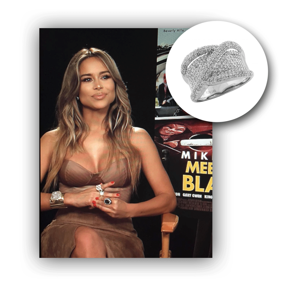 Check out Zulay Henao with that perfect summer tan, accompanied by this lovely white gold and diamond Royal Jewelry ring.