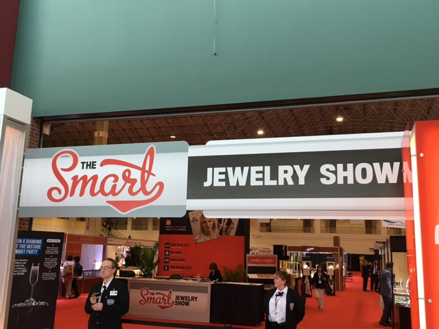 Let us take a step into the Smart Jewelry Show...