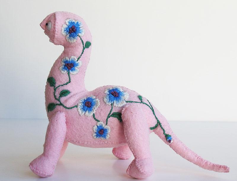 pinkdino2.jpg