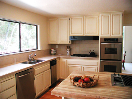 dark oak cabinets after.jpg