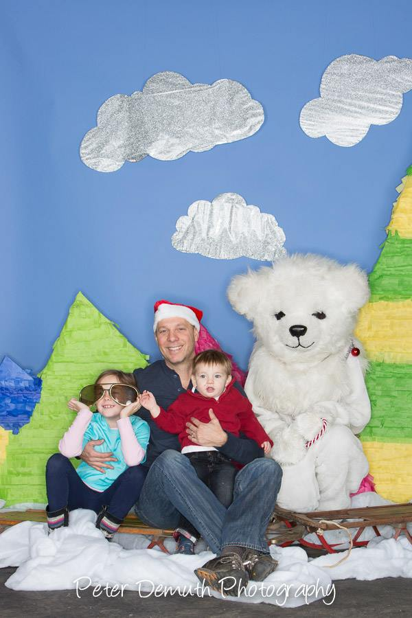 family_booth.jpg