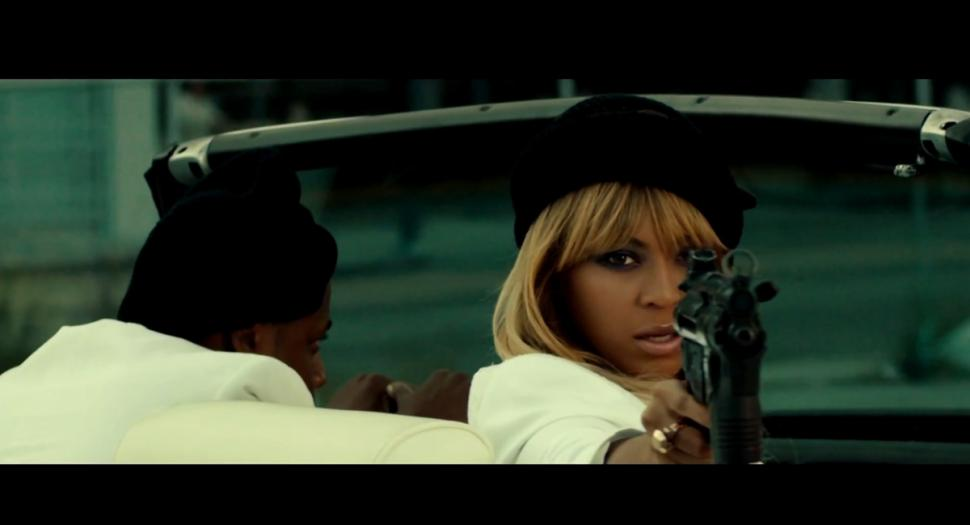 "Bey's Smokey Eye & Nude lip look in ""On The Run"" Trailer"
