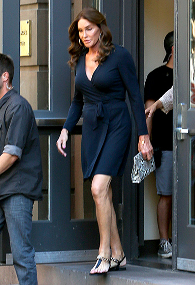 Channeling the Duchess  So Kate! The former Olympian was spotted out and about in NYC during Pride Month 2015 wearing an elegant wrap dress, just like the ones Kate Middleton so adores.   Read more:  http://www.usmagazine.com/celebrity-style/pictures/caitlyn-jenner-best-style-moments-2015157/46384#ixzz3qREvmtSk   Follow us:  @usweekly on Twitter  |  usweekly on Facebook