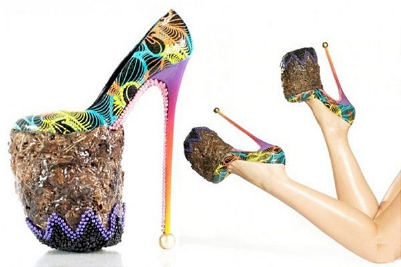 4. Too gross to wear, even if they are a cool concept. 10-inch elephant poop heels – can't say we've seen that before. It was created by an artist named INSA in response to another elephant poo-wielding artist. He's probably the only dude that bought them.