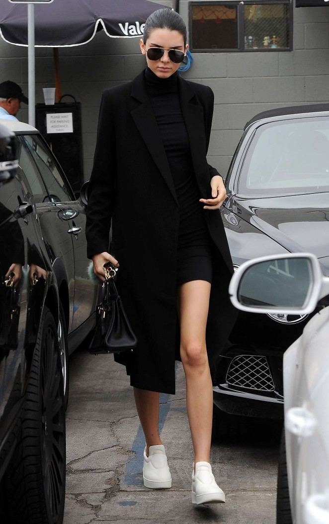 Model Kendal Jenner flaunted her stems while out and about in Los Angeles.