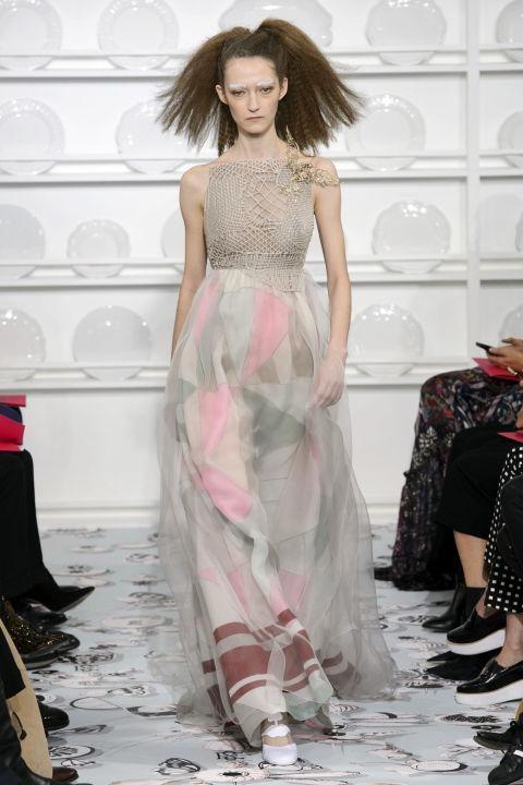 hbz-couture-spring-2016-schiaparelli-03.jpg