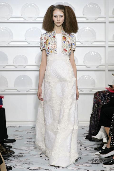 hbz-couture-spring-2016-schiaparelli-06.jpg