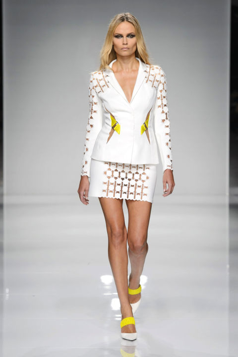 hbz-couture-spring-2016-versace-02.jpg