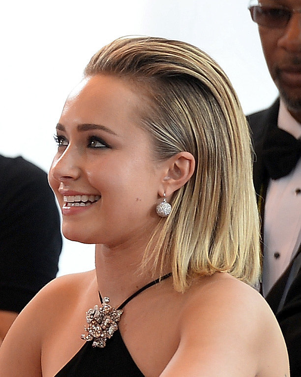 Hayden-Panettiere-slicked-back-style-looks-very-chic.jpg