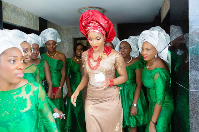 bride finding hubby 7.jpg