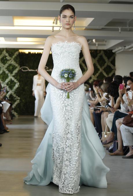new-oscar-de-la-renta-wedding-dresses-spring-2013-018.jpg