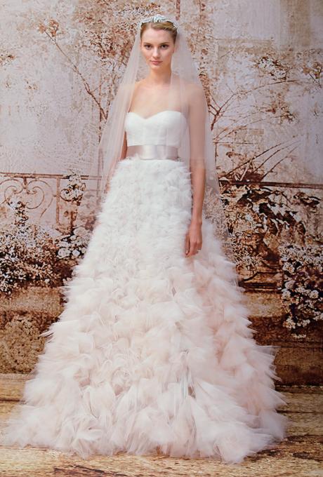 monique-lhuillier-wedding-dresses-fall-2014-035.jpg