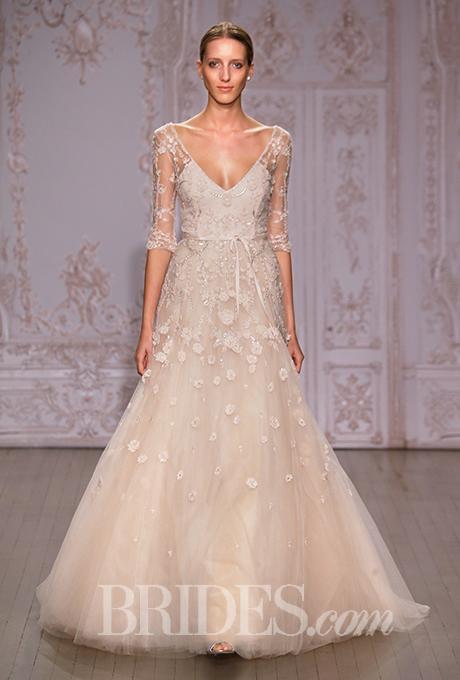monique-lhuillier-wedding-dresses-fall-2015-004.jpg