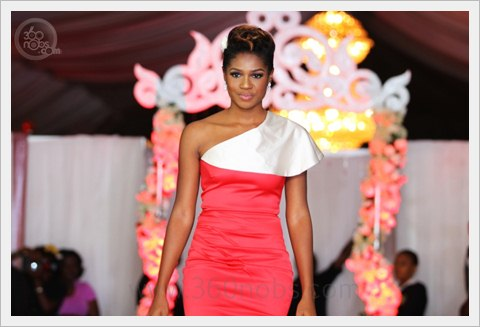 Mai-Atafo-Dream-Wedding-2-The-Grandeur-CollectionIMG_0038-2-360nobs.com_.jpg