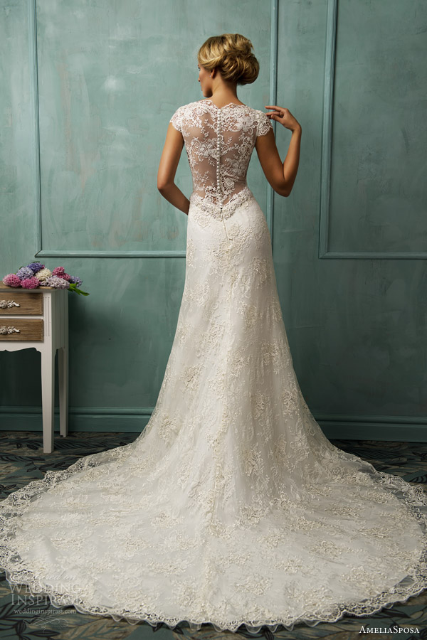 amelia-sposa-wedding-dresses-2014-donata-lace-gow-illusion-back