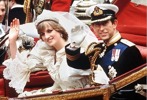 It's a given that they had to be on this list. William and Harry's mom and dad had a wedding that the whole world ended up talking about and remembering fondly for days, and is actually one of the most famous weddings of all time. In 1983, the late Princess had a train of her wedding gown that measured to 20 feet long, and had 10,000 pearls hand-sewn onto it as well.