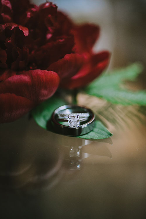 05-Glamorous-Cocktail-Style-Brooklyn-NY-Wedding-Amber-Gress-Photography.jpg