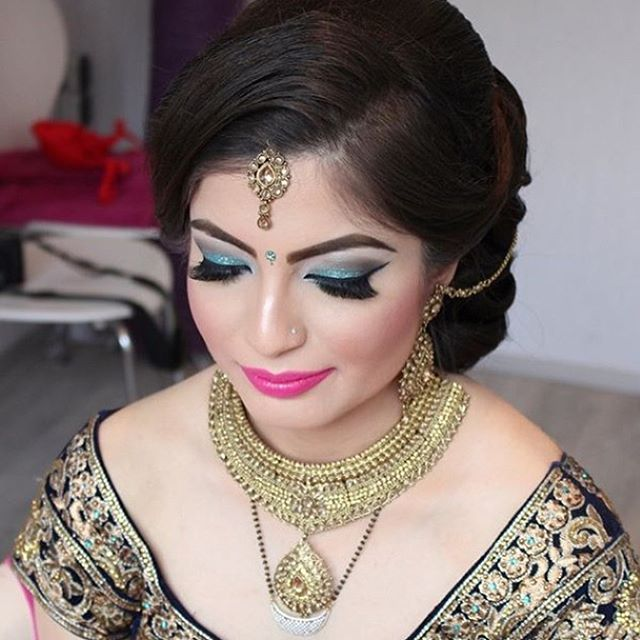 Shilpa @shezadi21 wanted all of the Drama for her Wedding look Sunday Hair & Makeup by #PrimnPerfect Face Beat to the GAWWWDS & Hair LAYEDDDDD HUNTY! #loveourjob #indianbridal #indianwedding #neonfix #makeuphairny #neonfiles #hairstylist #makeupartist #nycmua  #mua #hair #makeup #bridalmakeup #bridalhair