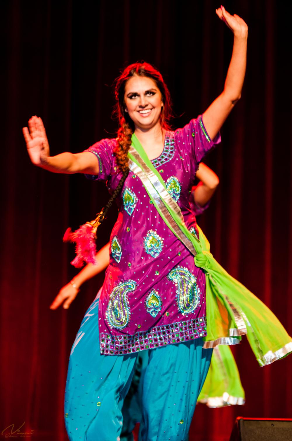 Sher Khan Niazi-ShowGala-8334.jpg