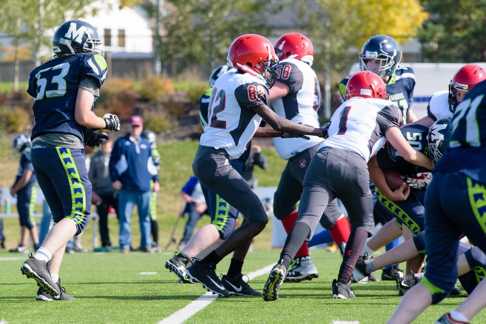 HS Football-3040.jpg