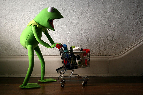 Apparently Kermit likes to buy gifts, too.