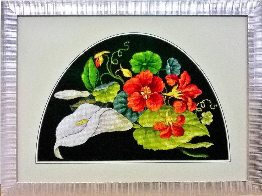 цветы в полукруге.jpg