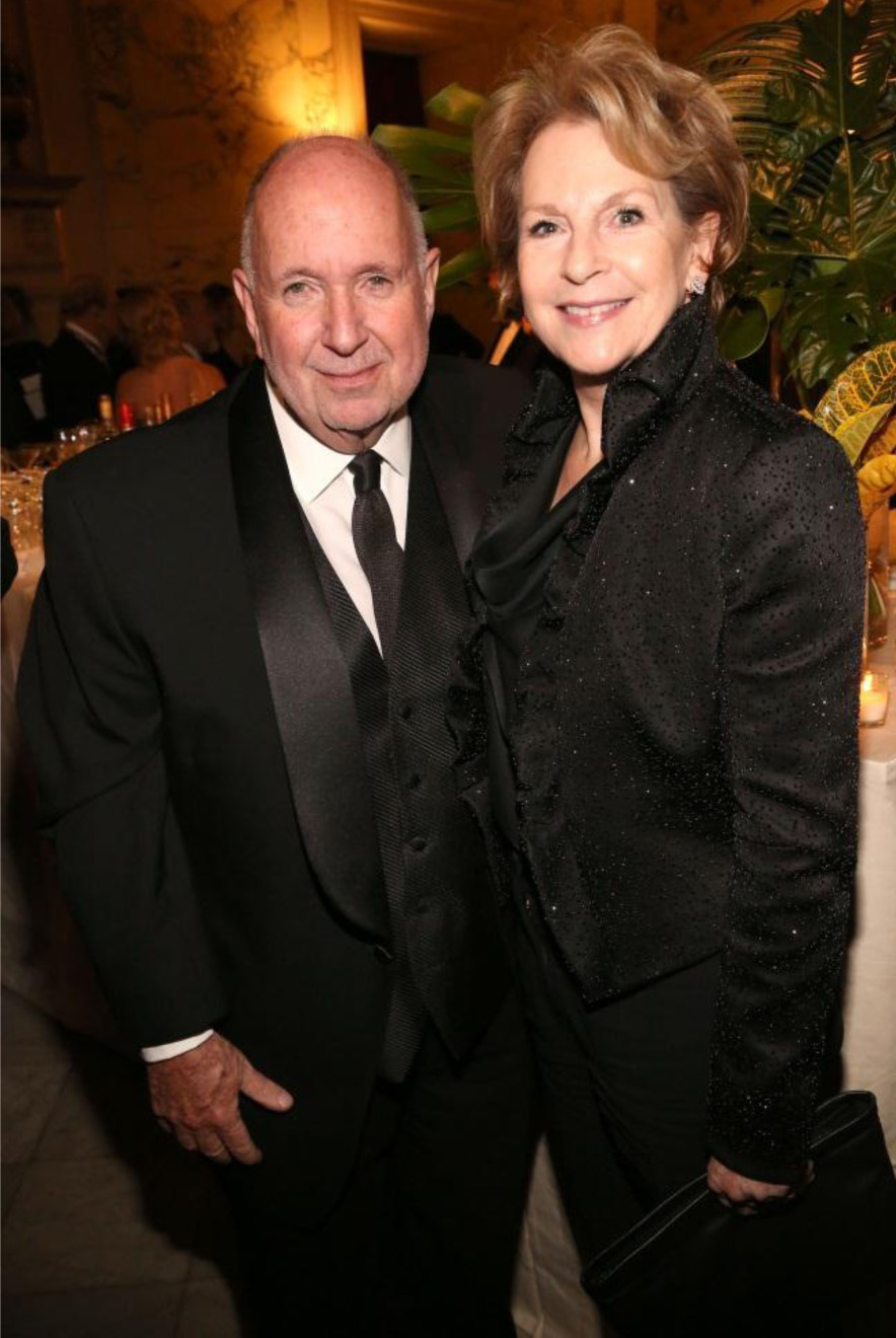 Arnold Lehman and Elizabeth Sackler at the 2015 American Federation of Arts Gala