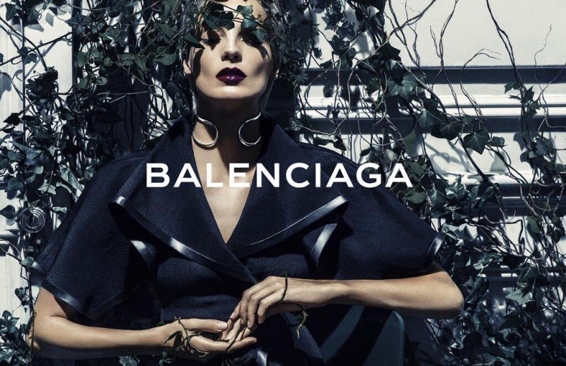 Images: Balenciaga via  Fashion Gone Rogue