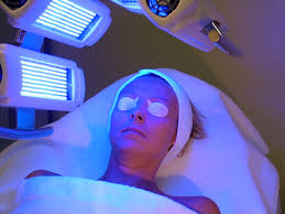 Blue light therapy usually lasts 30 min per session.