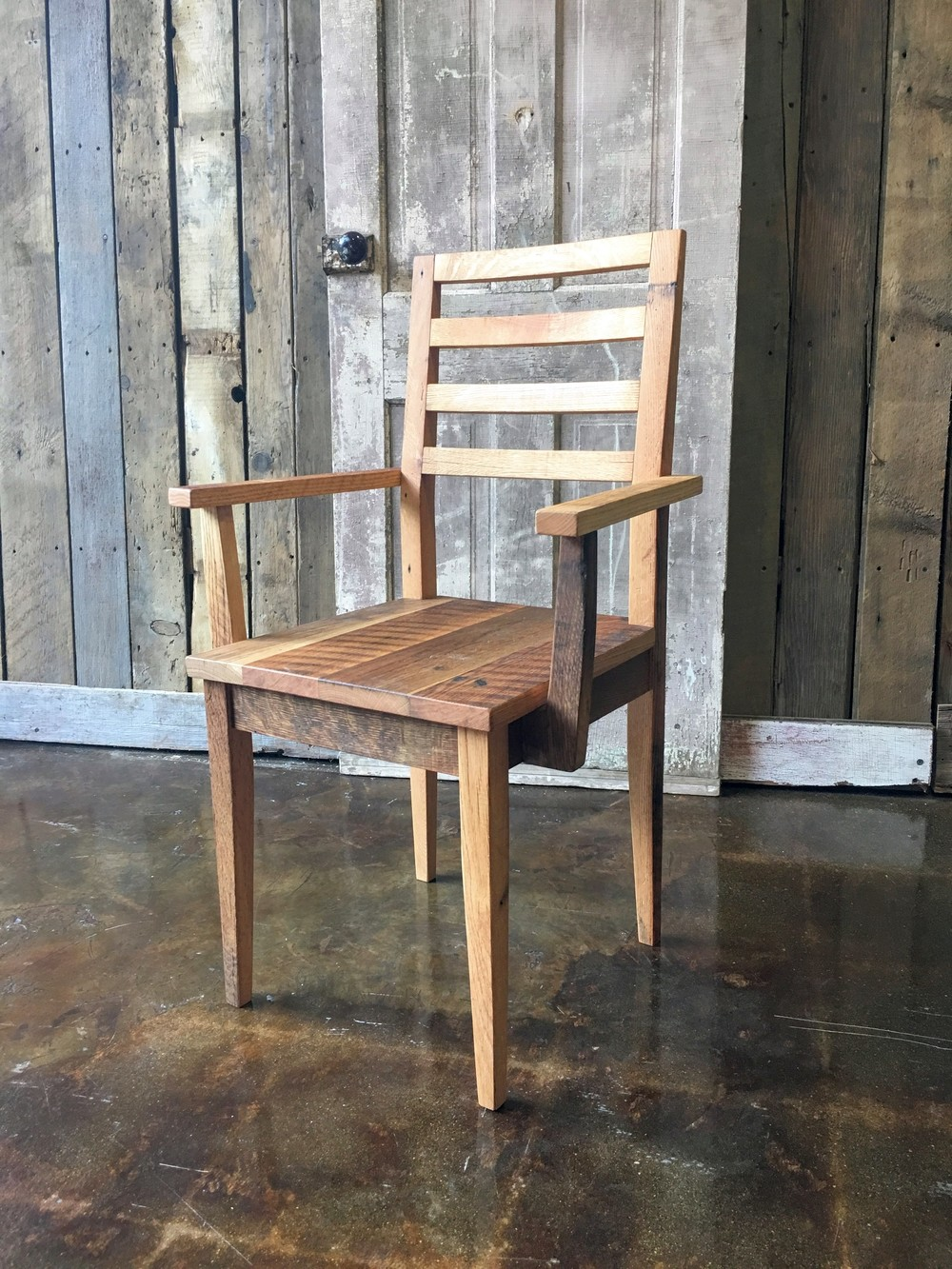Farmhouse Dining Chair Made From Reclaimed Wood With Arm Rests. IMG_1059.jpg & Farmhouse Dining Chair Made From Reclaimed Wood With Arm Rests ...