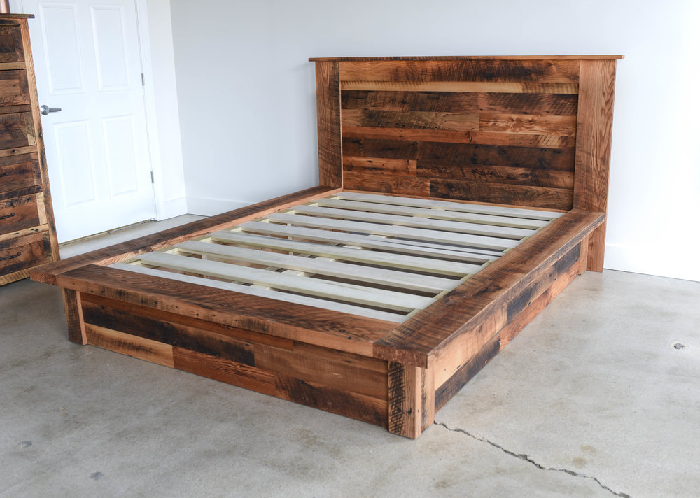 Charmant Reclaimed Wood Platform Bed