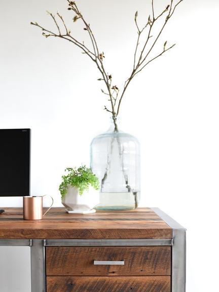 desk+1.jpg