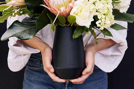 2. BLACK PORCELAIN VASE