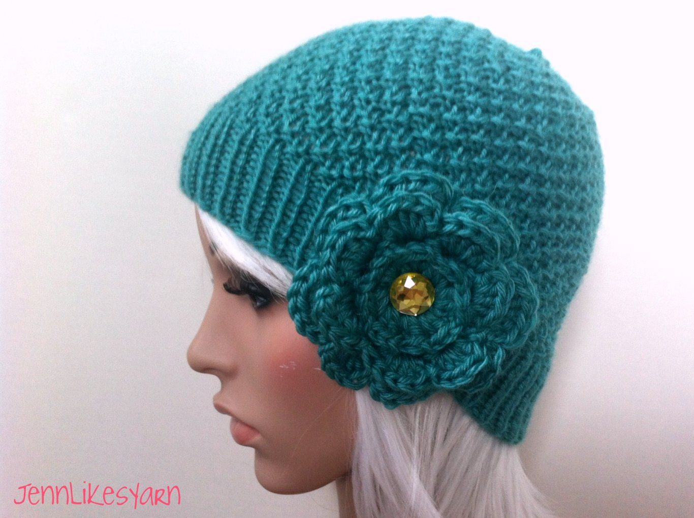 finished: knit double moss stitch hat with flower - Jenn