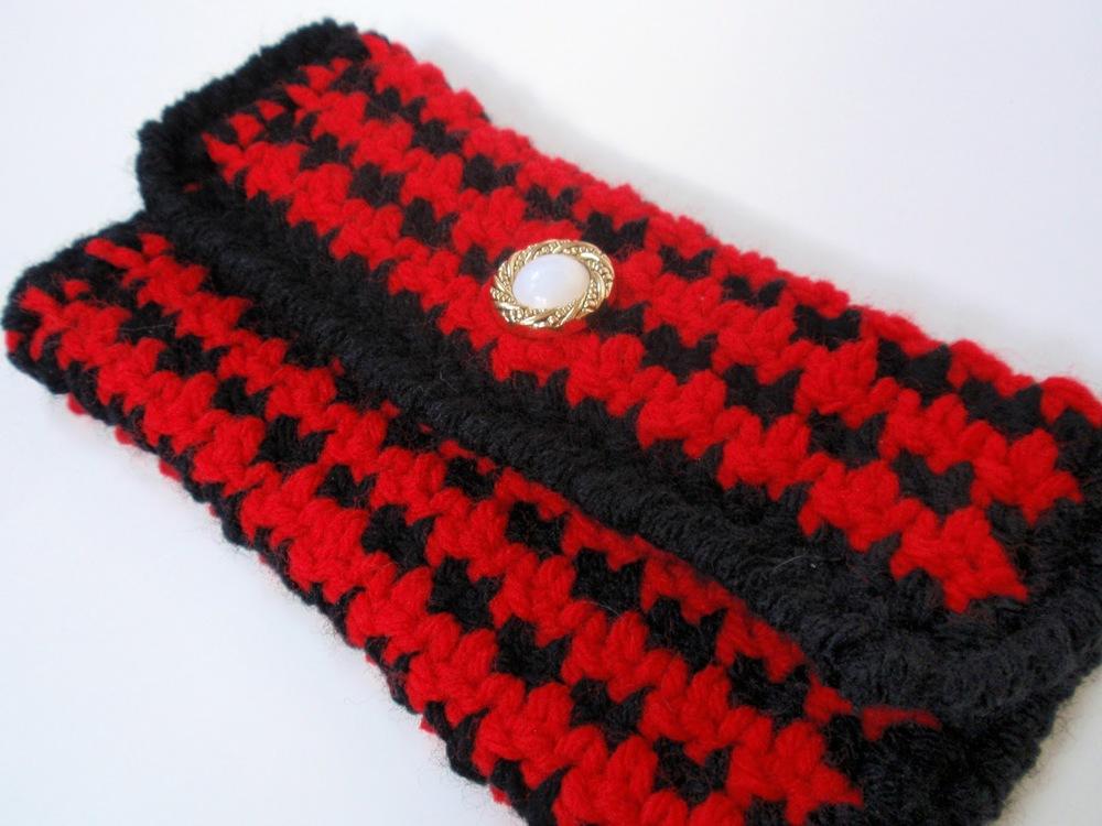 Crochet Houndstooth Clutch Jenn Likes Yarn
