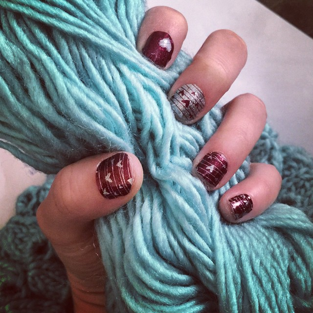 Knit with nails like these! Get your own at my Jamberry Jambash party, happening now.
