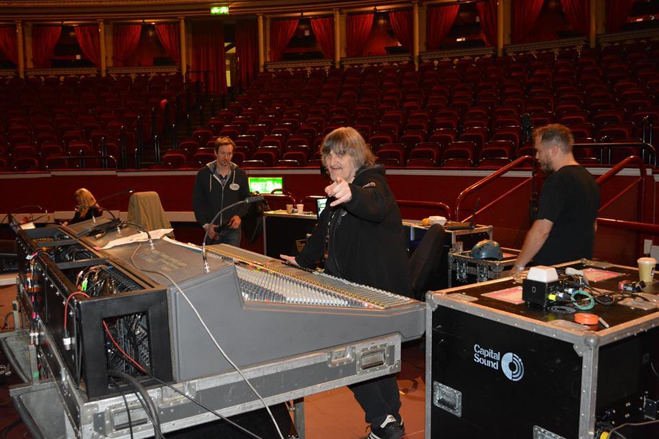 nitebob_Paul Rodgers stage.jpg
