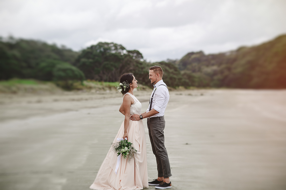 216-auckland-wedding-photographer--beach-wedding-photographer--new-zealand-beach-wedding-photographer.jpg