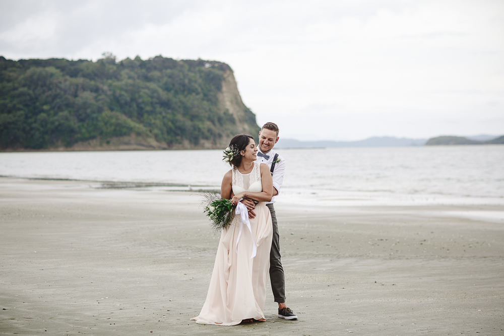 223-auckland-wedding-photographer--beach-wedding-photographer--new-zealand-beach-wedding-photographer.jpg