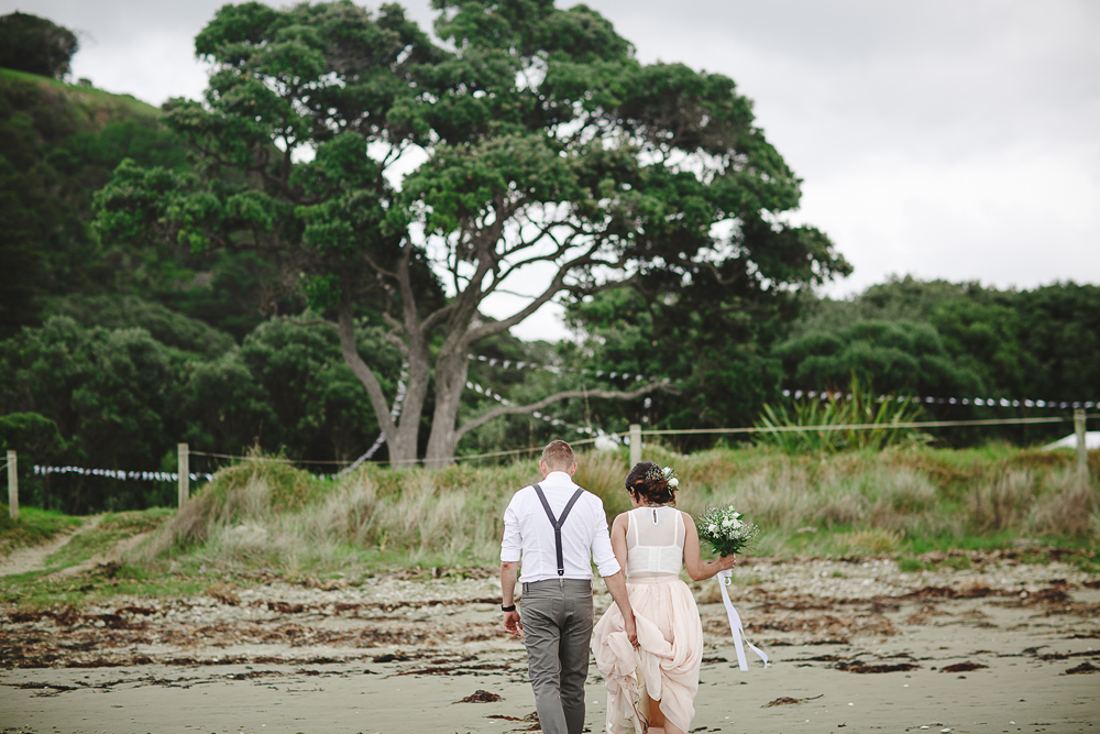 232-auckland-wedding-photographer--beach-wedding-photographer--new-zealand-beach-wedding-photographer.jpg