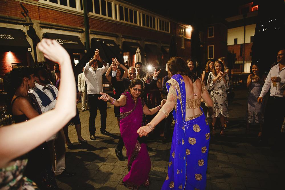300-auckland-wedding-photographer.jpg
