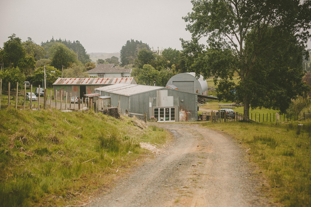 427-waimauku-wedding-photographer--barn-wedding--farm-wedding--muriwai-wedding.jpg
