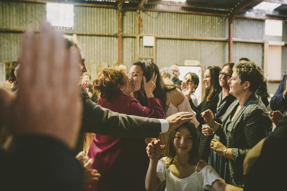 548-waimauku-wedding-photographer--barn-wedding--farm-wedding--muriwai-wedding.jpg